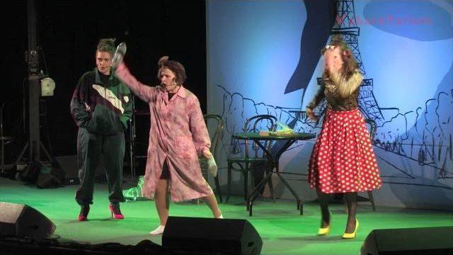 Kabaret A Jak! podczas koncertu finałowego o Grand Prix 32 EDF PAKI.