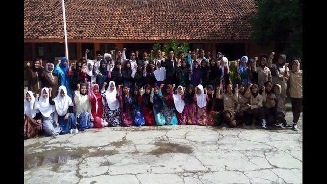 Kabaret Hari Pahlawan 10 November Kesenian SMP Negeri 2 Jatisari