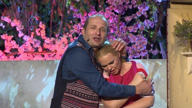 Kabaret Moralnego Niepokoju – Z kim na wakacje (Official Video, 2017)