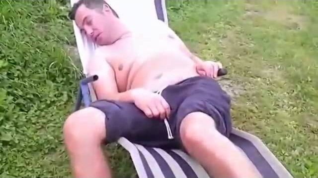 Nie spij na rybach! – Kawał wędkarski, smieszny film wędkarski.